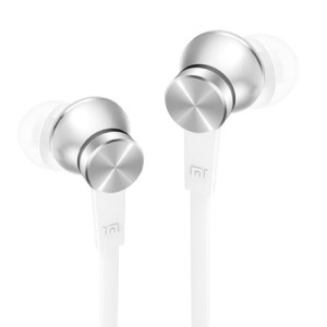 xiaomi-mi-piston-in-ear-headphones-basic-edition-white-01_14438_1459429723
